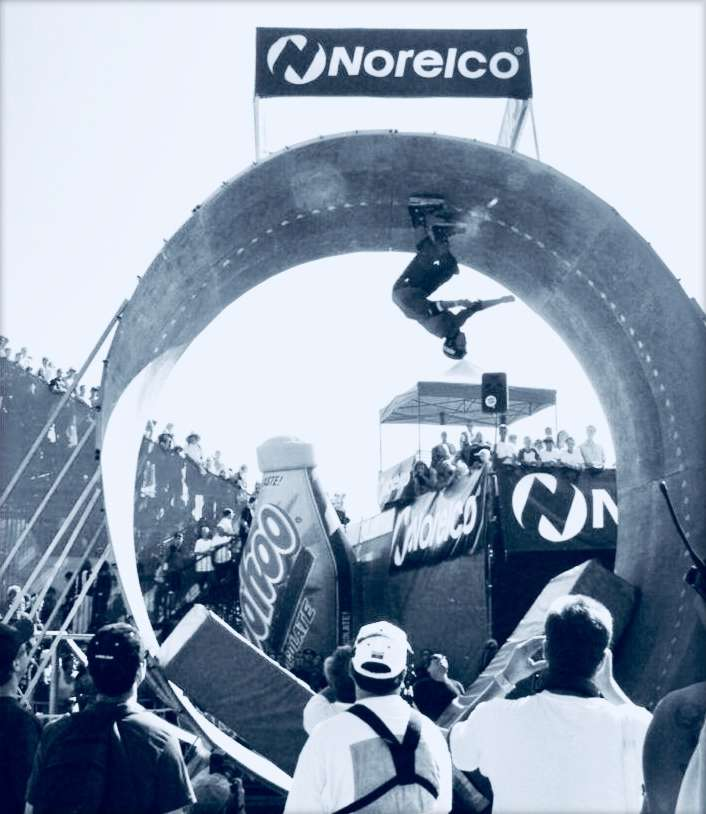 Picture of the Day: Eito Yasutoko - Full Pipe - X-games 2000