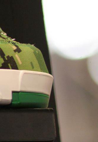 green valo skates